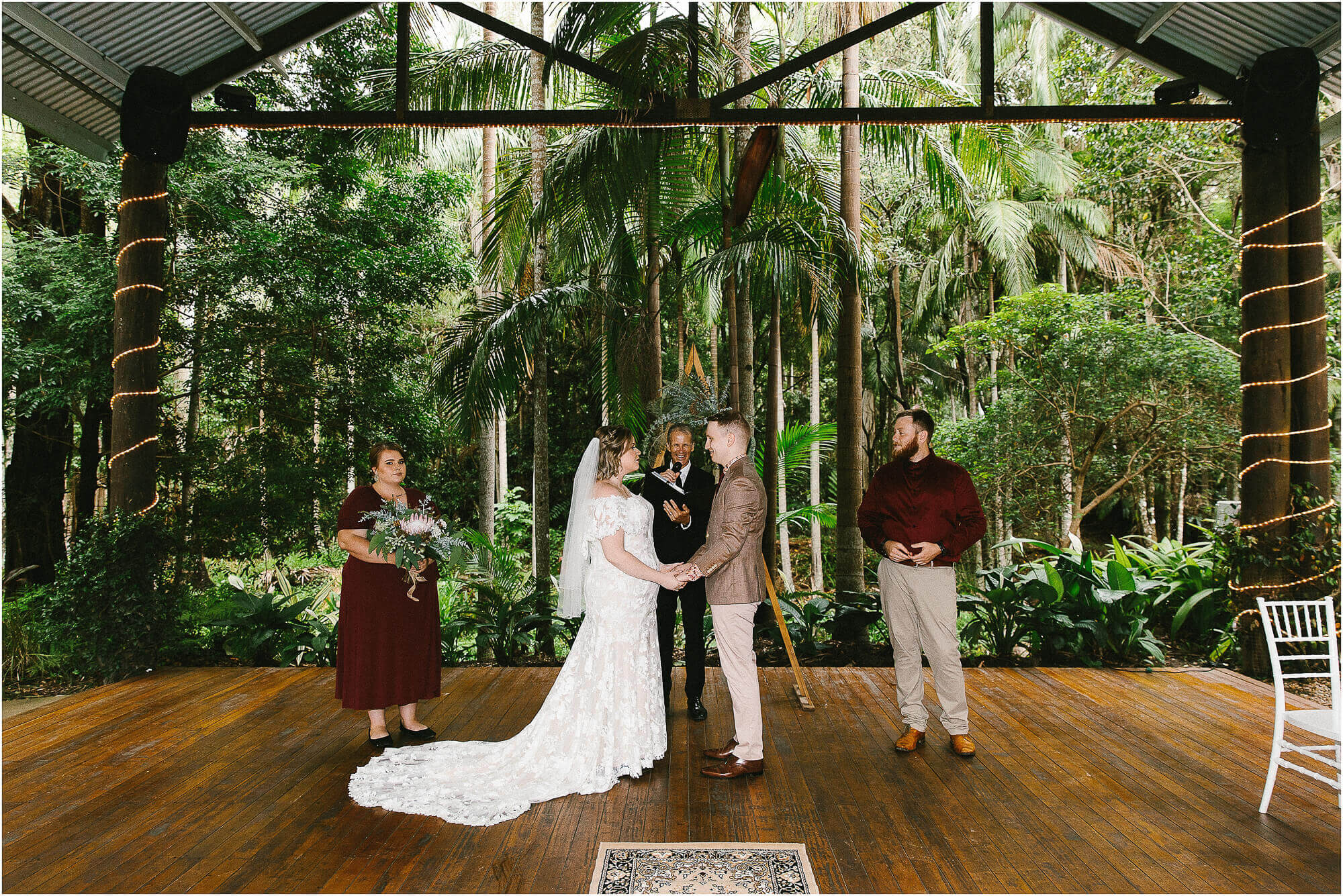 cedar creek lodge wedding ceremony